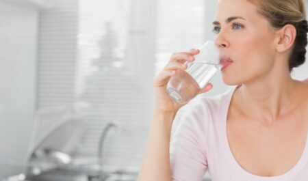 Lose Weight Without Cardio - drinking water