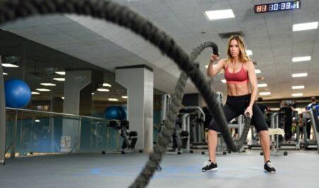 Battle Rope Exercises - Low Alternating Wave