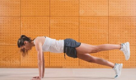 How To Lose Inner Thigh Fat - Scissor Legs Plank