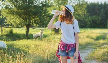Lose Weight Walking 2 Miles a Day - walking and drinking water
