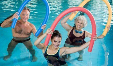 Aerobic Dance Exercise - Swimming aerobic dance