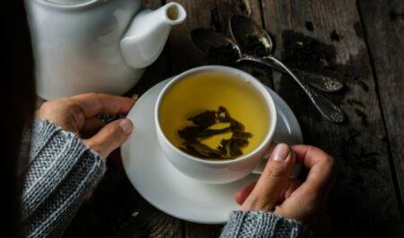 Green Tea Fat Burner - drinking green tea