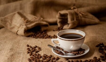 Best Coffee For Weight Loss - drink a coffee