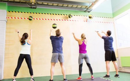 CrossFit For Beginners - wall ball workout