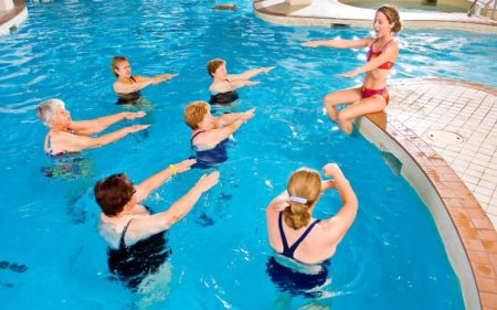 Group Fitness Classes - water aerobics