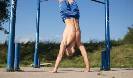Bodyweight Back Exercises - Handstand Push-Ups