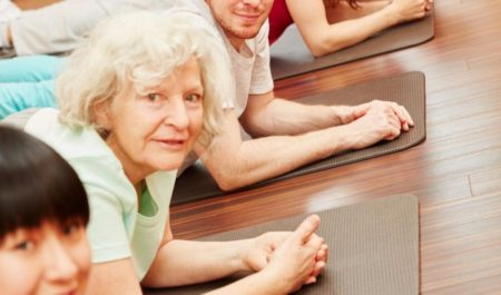 Fitness Women Over 60 - Pilates workout