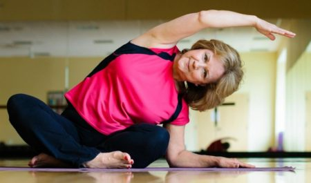 Upper Body Exercises For Seniors - Seated Side Bends