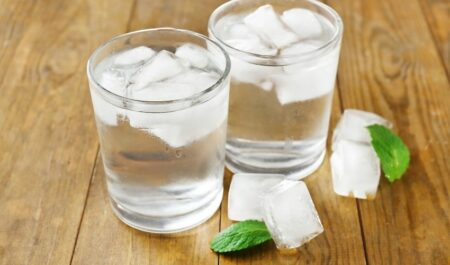 Lose 5 Pounds In A Week - Glasses of Water