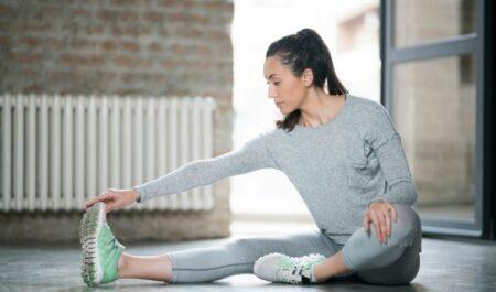 Eccentric Hamstring Exercises - Hurdler Stretch