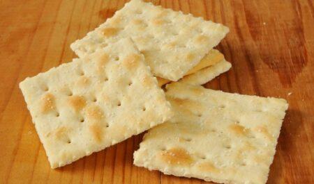 Peanut Butter Sandwich - saltine crackers