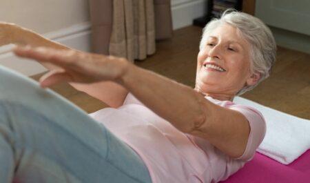 Best Ab Exercises For Women Over 50 - Senior Ab Exercises