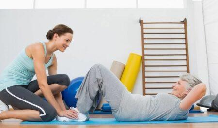 Best Ab Exercises For Women Over 50 - crunches for seniors
