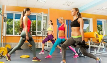 Crossfit For Women Over 50 - CrossFit workouts