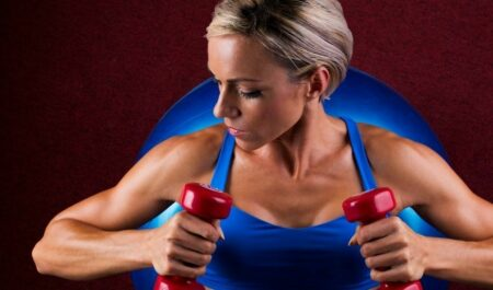 How To Lose Arm Fat With Dumbbells - dumbbell workout