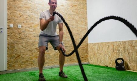 Upper Body Cardio Exercises - Battling ropes