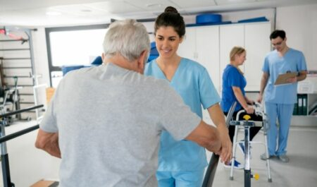 Occupational Therapy Vs Physical Therapy - occupational therapist